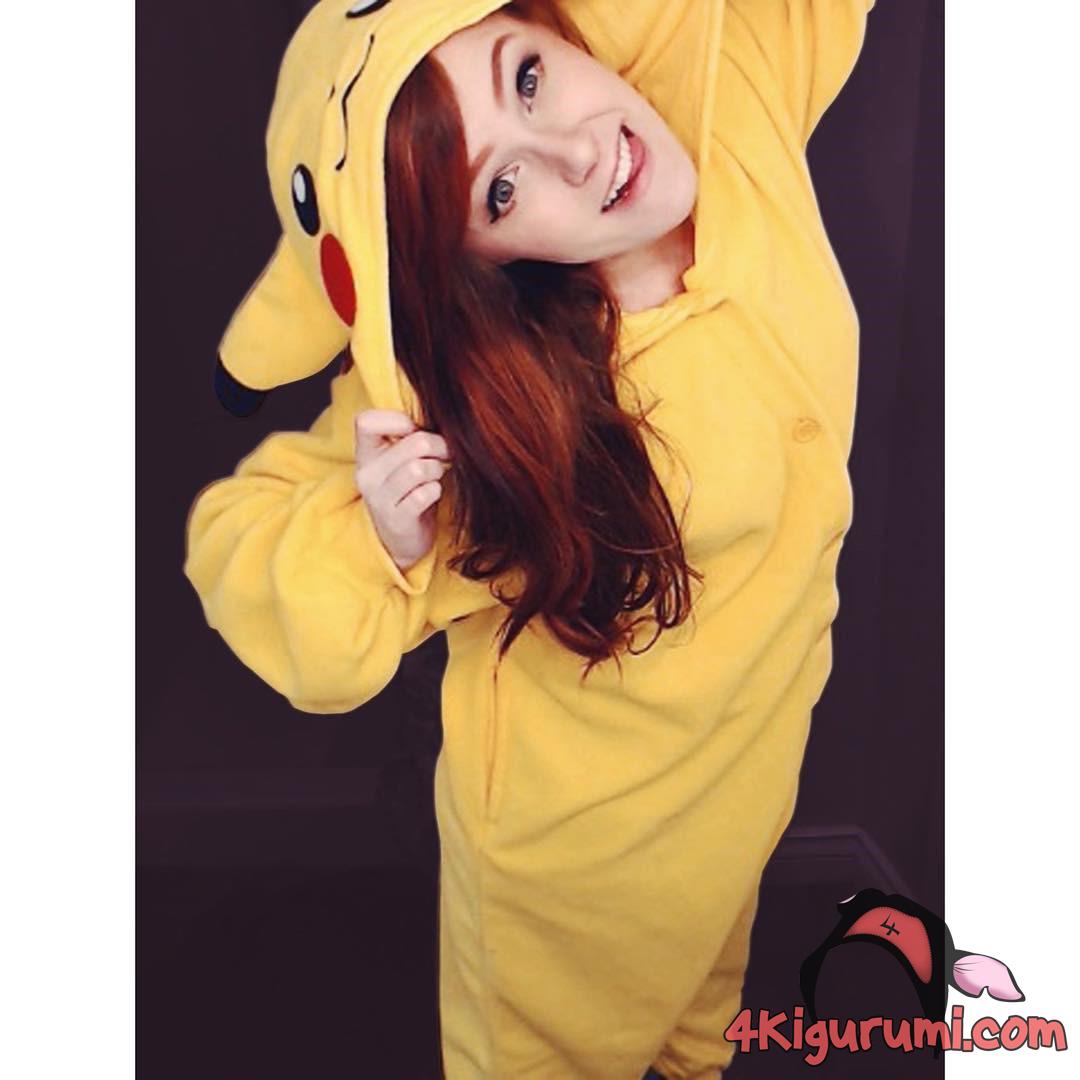 Pikachu Kigurumi Reviewed by Tori